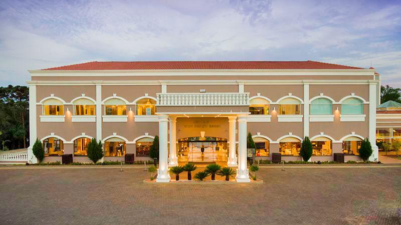 grande-fachada-resort